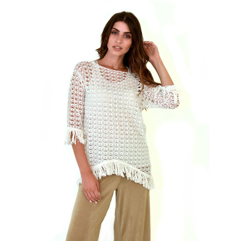 40b76deae1f2 Εκρού δαντελωτή μπλούζα με κρόσια - Γυναικεία Ρούχα - Φορέματα ...