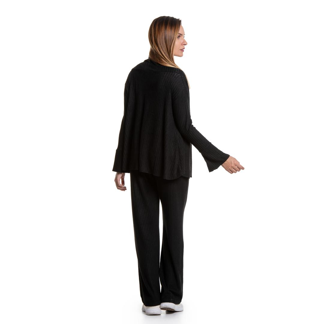 351d76cd2f1e Μαύρη παντελόνα σε ριμπ βισκόζη