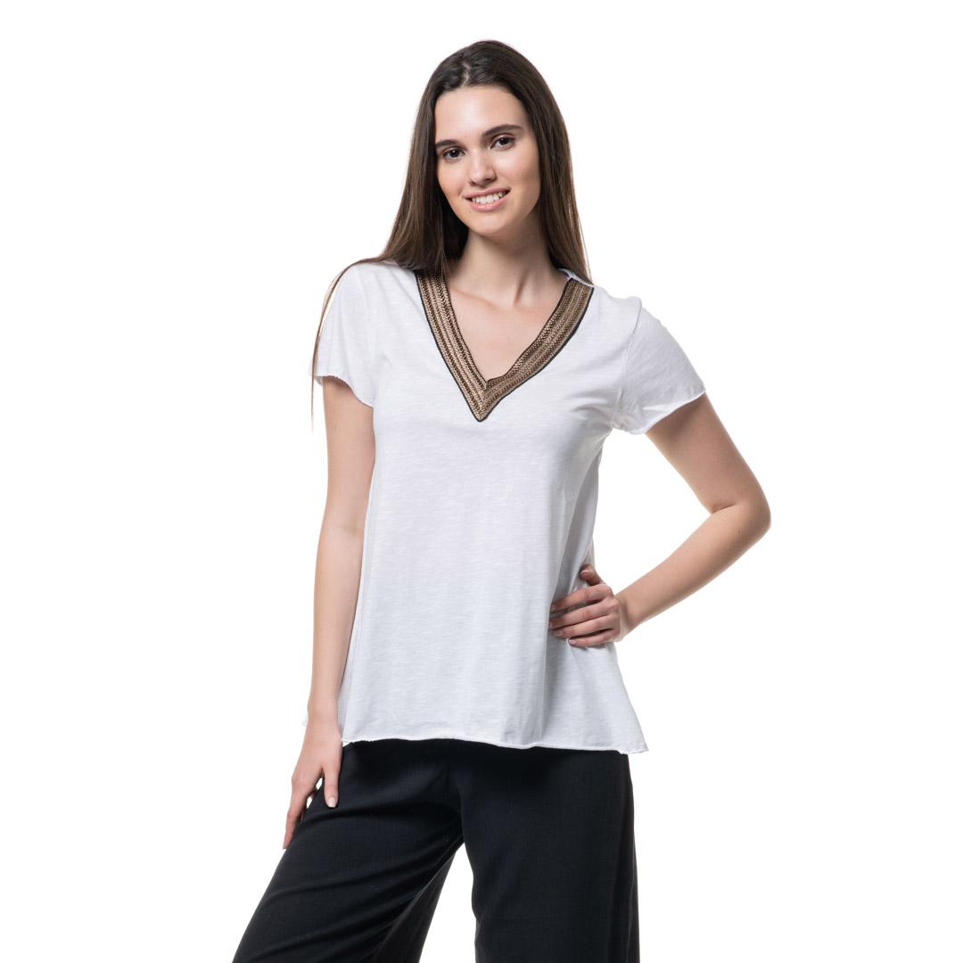 0b2bfe252bdc Ασπρο μπλουζάκι με μπρονζέ τρέσα - Γυναικεία Ρούχα - Φορέματα - Xanashop